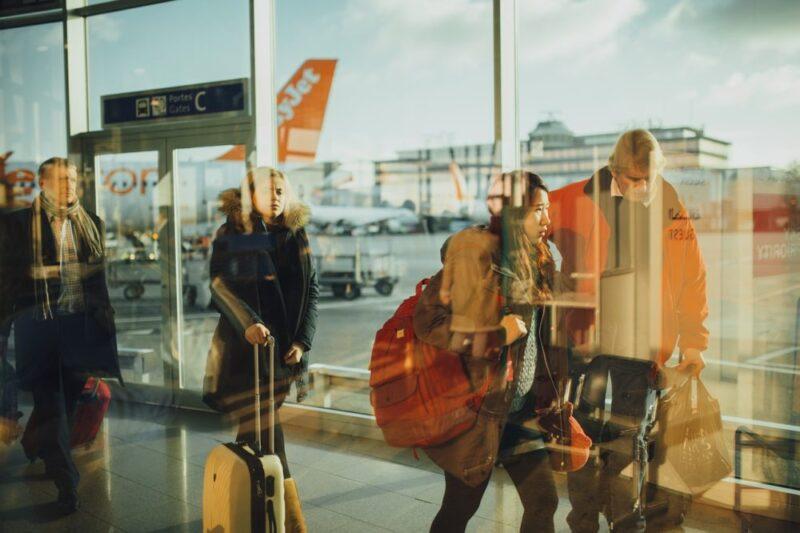 59327e252fbbb Walizki podróżne > Podręczne, kabinowe do samolotu czy na kółkach ...